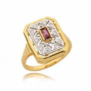 Bardzo ładnie zdobiony pierścionek z różową cyrkonią