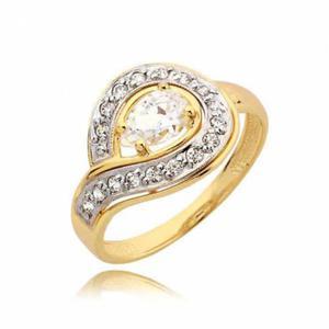 Pięknie ozdobiony pierścionek z cyrkoniami