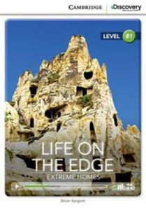 Life on The Edge Extreme Homes Intermediate Book with Online Access - 2853621367