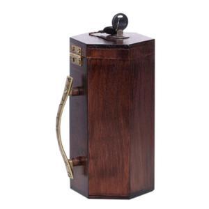 Drewniana skarbonka na datki z kluczykiem - 2859959985