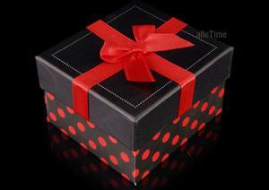 4e038aaea2db74 Pudełko groszki czerwone - 2470610089